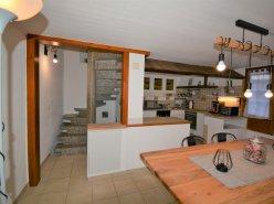 Superbe Appartement de 5,5 pièces triplex rénové dans maison mitoyenne